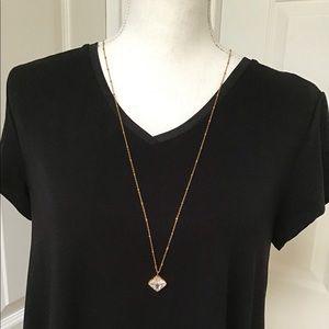 Banana Republic Gold Tone Necklace And Pendant